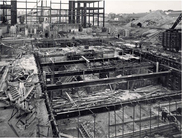 Photo:The construction of Great Yarmouth power station