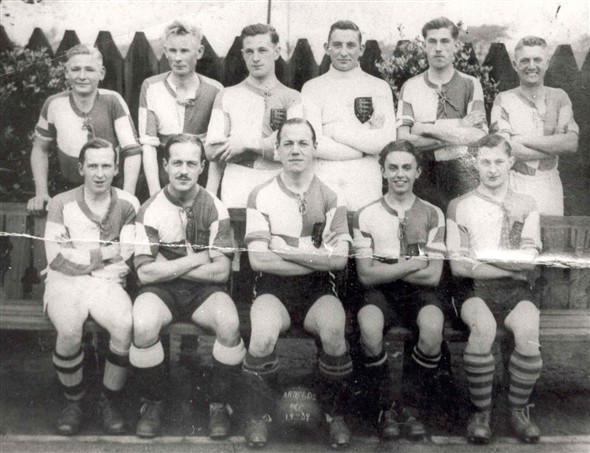 Photo:Group portrait of the Arnolds football team, c.1930s