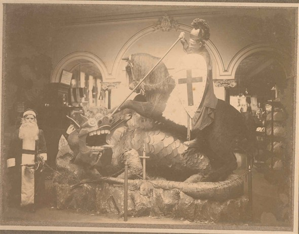 Photo:Christmas Display 1906 - George and the Dragon