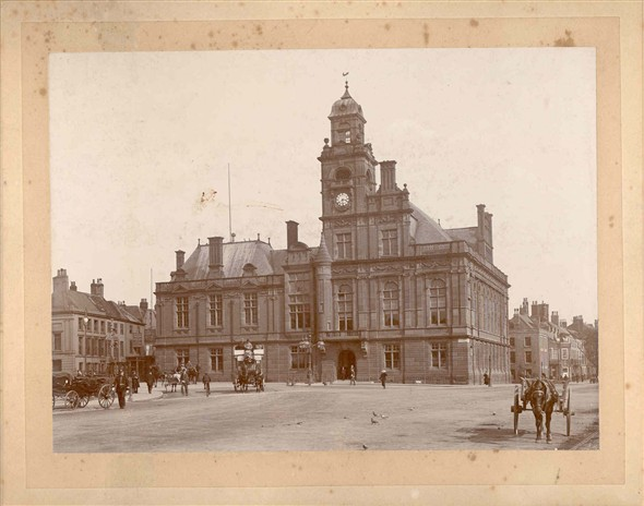 Photo:Town Hall, early 20th Century