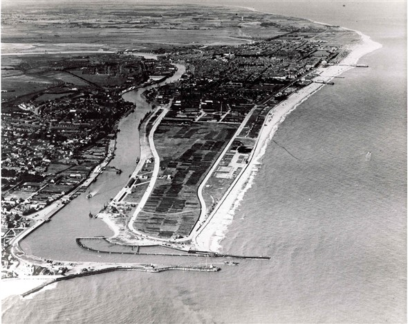 Photo:Aerial view of Great Yarmouth Harbour