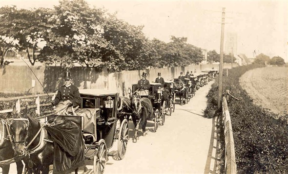 Photo:Funeral Carriages on Church Lane, Gorleston, c. 1900