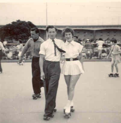 Photo:Peter & Wendy Parker Skating together at Wellington Pier, c. 1950