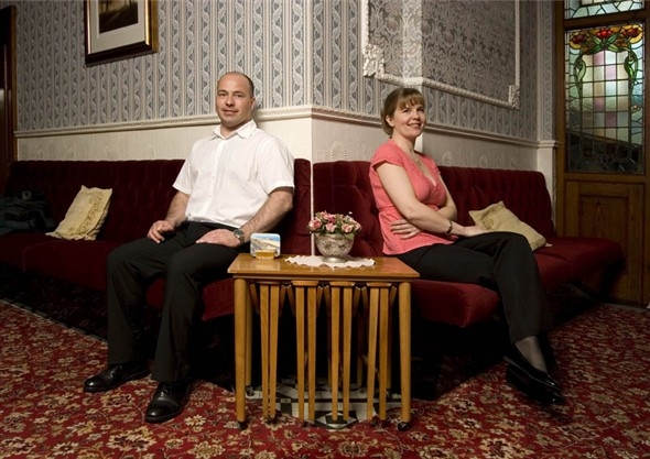 Photo:Portrait of Greg and Samantha Haddon in the entrance hall of their guesthouse