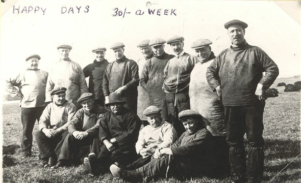 Photo:A typical fishing boat's crew - probably between the wars