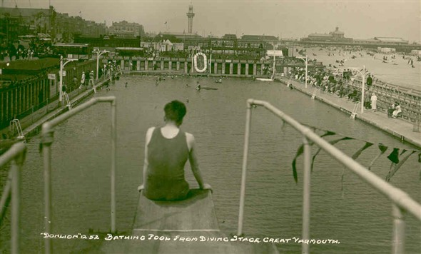 Photo:View of Great Yarmouth bathing pool from the diving board, c.1930