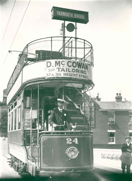 Photo:Tram car no.24 at Groleston Beach Terminus, 1905