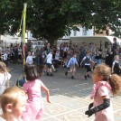 Photo:Year 1 and 2 pupils maypole dance