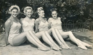 Photo:Aqua Belles-Rita Stone 1st left anymore names please.