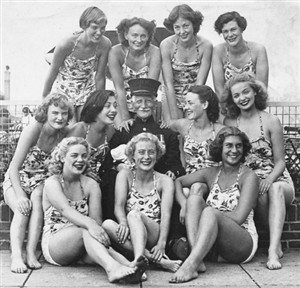 Photo:Aqua Belles & Chelsea Pensioner- Rita Stone seated 1st right-anymore names please.