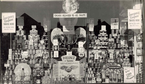 Photo:Shop window display of W. Barnes and sons grocers shop, 8 Market Place, Great Yarmouth, c. 1940