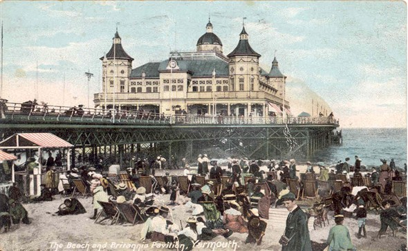 Photo:Postcard of the Britannia Pier, c1920?