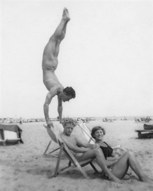 Photo:Stunt Diver Dennis Burnip & Aqua Belle Rita Stone soon tobe Rita Burnip & Acrobat ? at Marine Parade Great Yarmouth.