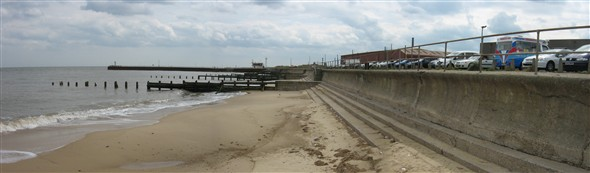 Photo:Panorama of the seawall and steps