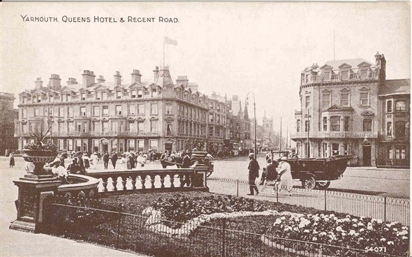 Photo:Postcard of Regent Rd from the Seafront
