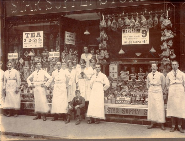 Photo:Portrait of staff outside the Star Supply Stores, 111 King Street, Great Yarmouth, c.1910