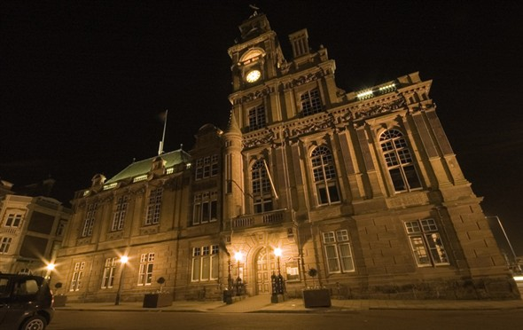 Photo:Great Yarmouth Town Hall lit up at night, 2007