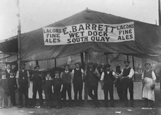 Photo:Wet Dock Tavern beer tent on the South Quay