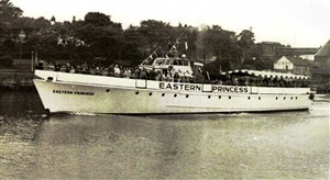 Photo:Eastern Princess on a sea trip to scroby sands