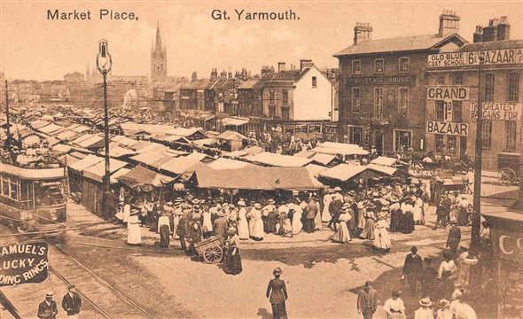 Photo:Postcard showing the Market Place and the Old Blue Coat School