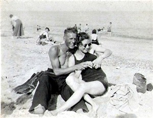 Photo:My Grandparents on Gt Yarmouth Beach 1949