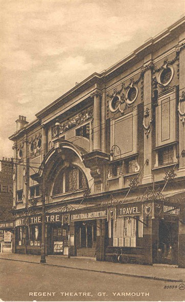 Photo:Postcard of the Regent Theatre