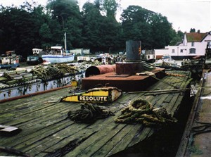 Photo:resolute at pin mill