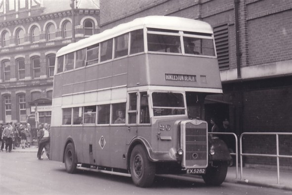 Photo:No 20 (EX 5282) at the Regal bus stand