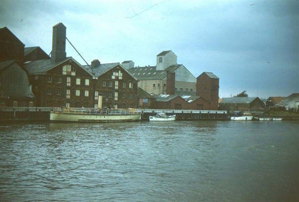 Photo:ss yarmouth and maltings