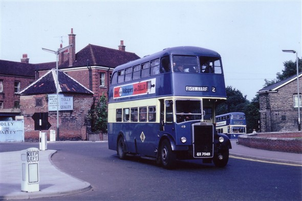 Photo:No 49 (EX 7549) passing along Alexandra Road by St George's church