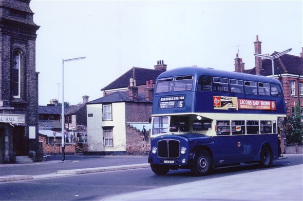 Photo:No 37 (BEX 237) passing along Alexandra Road en route to the railway station
